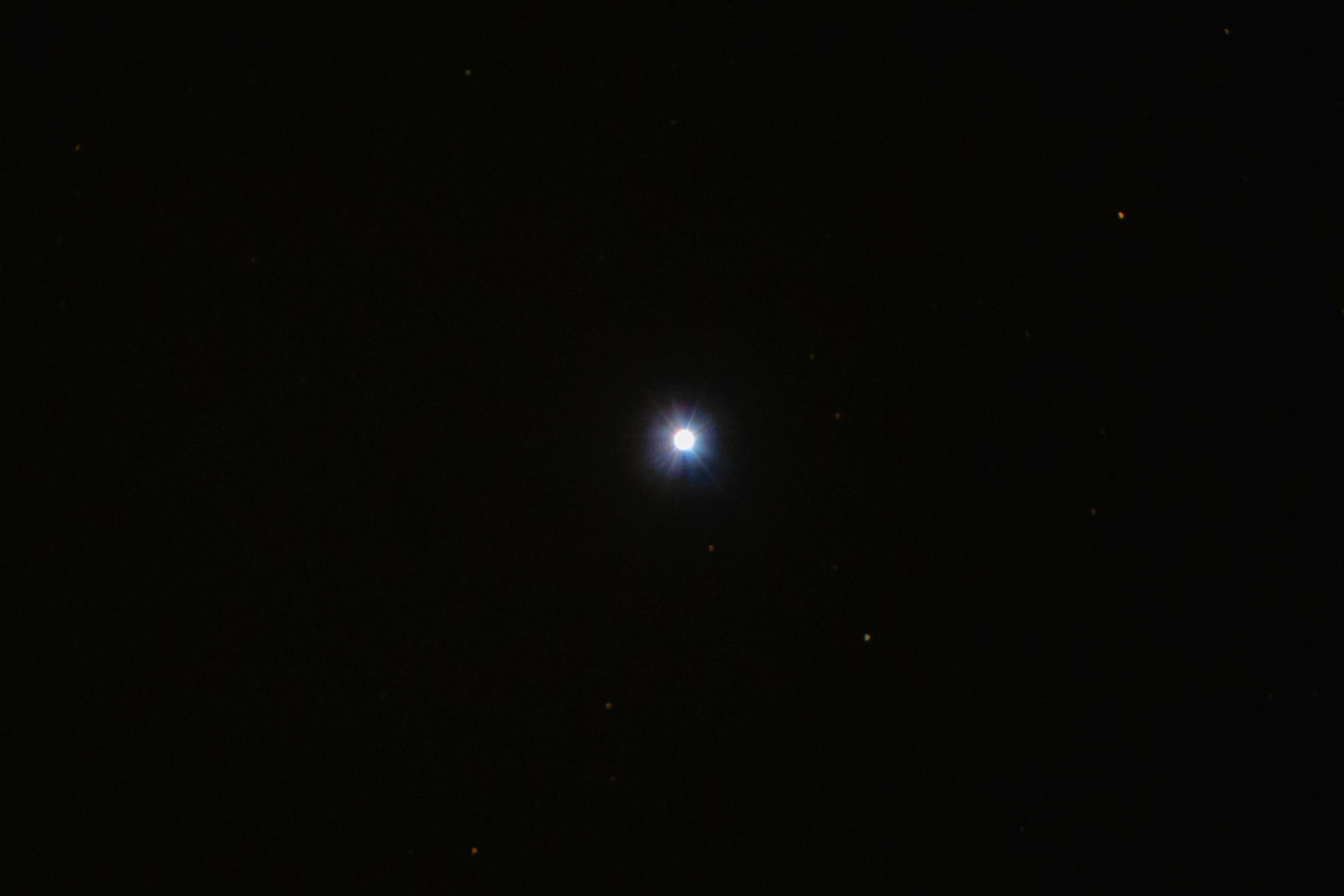 ... die beiden Hauptsterne zu den der Erde relativ nahen Riesensternen